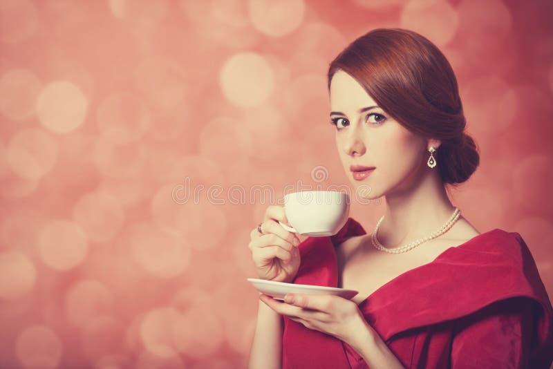 Mujeres con la taza de té. fotos de archivo libres de regalías
