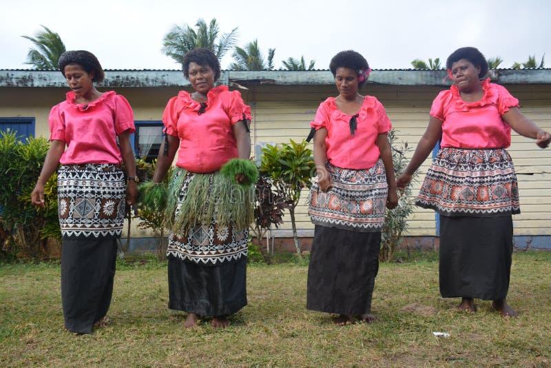Mujeres del baile del Fijian imagen de archivo