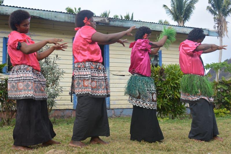 Mujeres del baile del Fijian foto de archivo