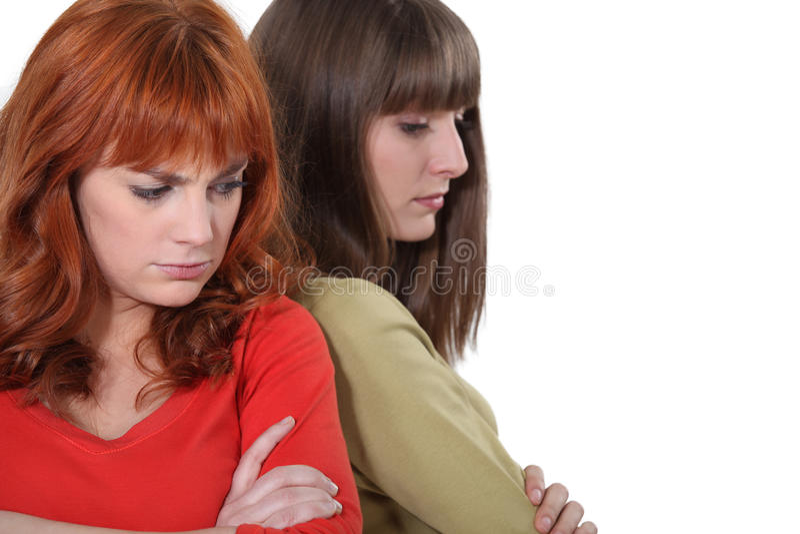 Mujeres enojadas con uno a fotografía de archivo libre de regalías
