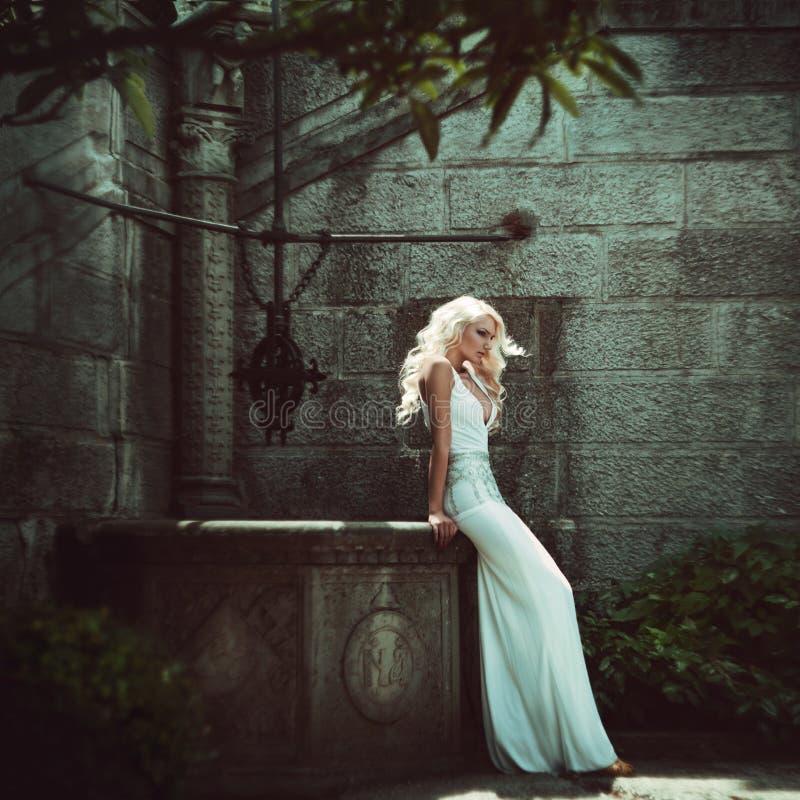 Mujeres rubias hermosas. Moda fotografía de archivo