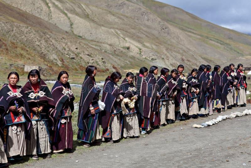 Mujeres tibetanas en Dolpo, Nepal fotos de archivo