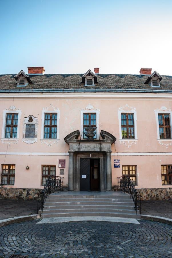 Mukacheve, Ukraine - 8. Mai 2015: Palast der Prinzen von Rakotsi-` ` des Weißen Hauses stockfotos