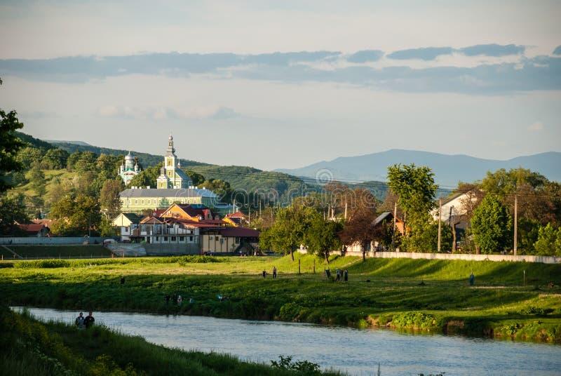 Mukacheve, Ukraine - 8. Mai 2015: St. Nicholas Monastery stockbild