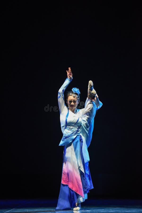 Mulan sammanfogade armé-medborgarefolkdansen arkivfoto