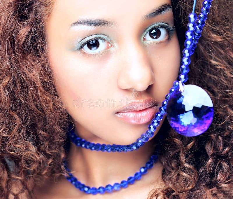Mulat, wijfje, mooie vrouwen, afro, elegantie, stock foto