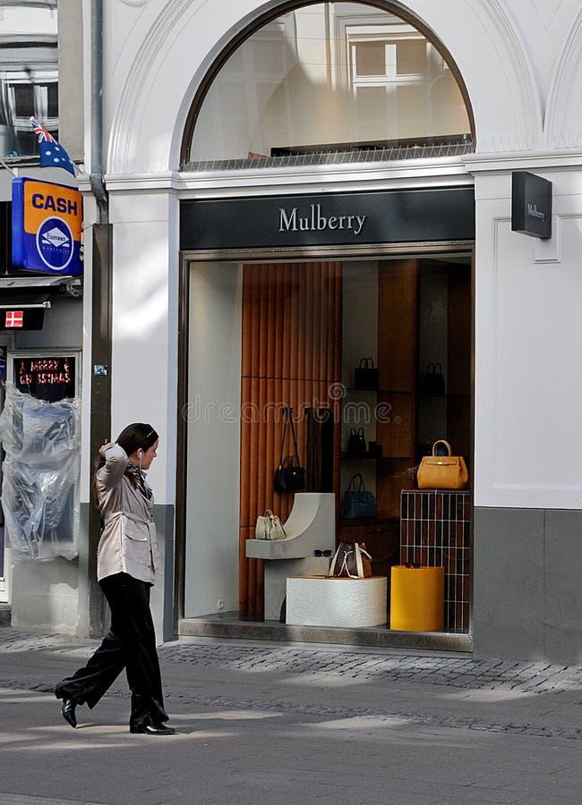 MULBERRY STORE CHIUSO A CORONA VIRUS fotografia stock