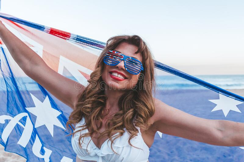 Mulher étnica australiana patriótica imagens de stock royalty free