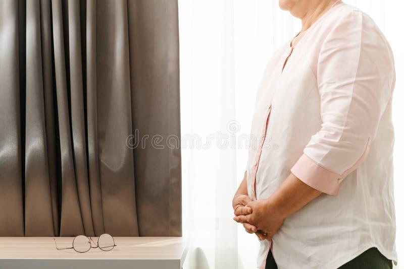 Mulher adulta, obesidade, gordura, cuidados médicos e conceito médico foto de stock royalty free