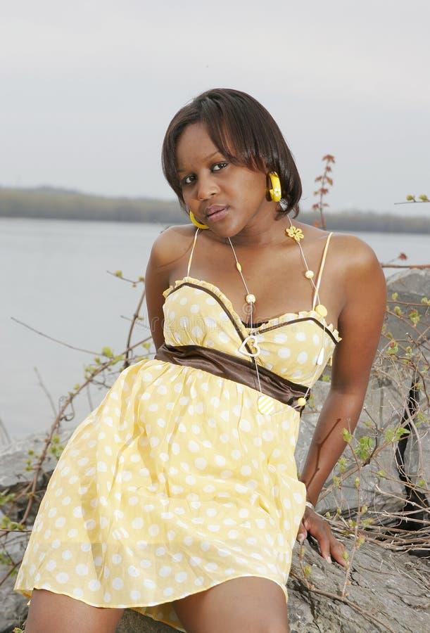 Mulher africana sedutor foto de stock royalty free