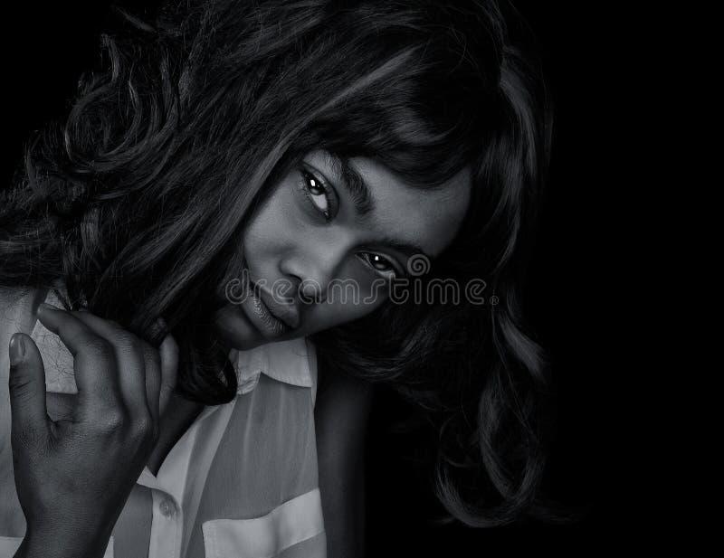 Mulher afro-americana bonita foto de stock royalty free
