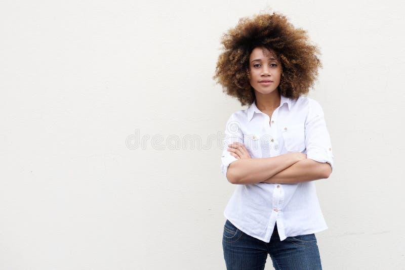 Mulher afro-americano nova fresca com cabelo encaracolado imagens de stock