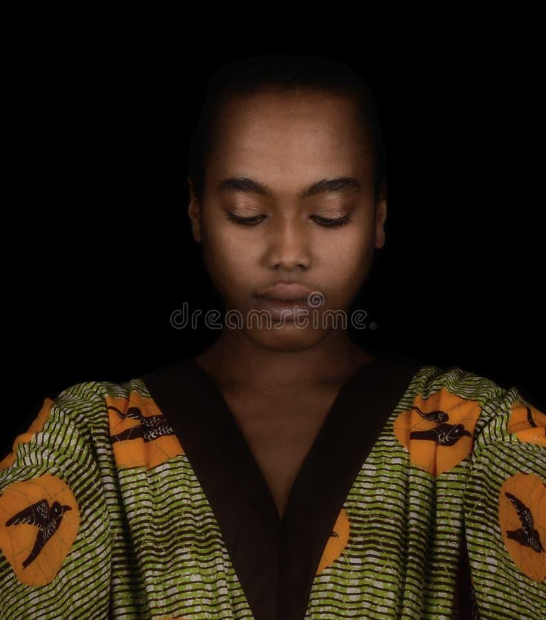Mulher afro bonita imagem de stock royalty free