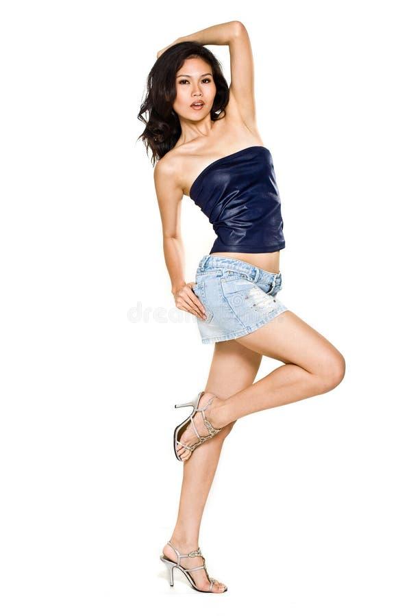 Mulher asiática bonita alta e magro fotos de stock royalty free