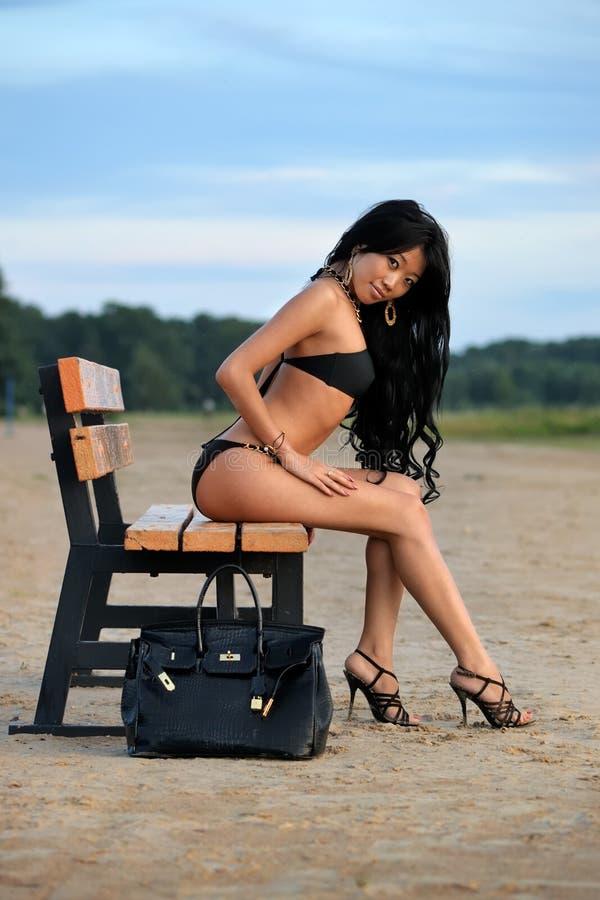 Mulher asiática em férias foto de stock
