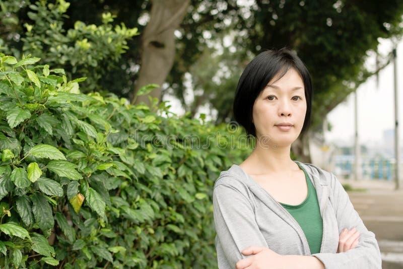 Mulher asiática madura fotografia de stock