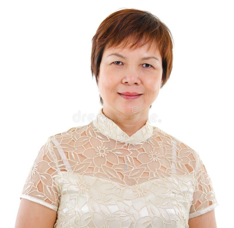 Mulher asiática madura moderna imagens de stock