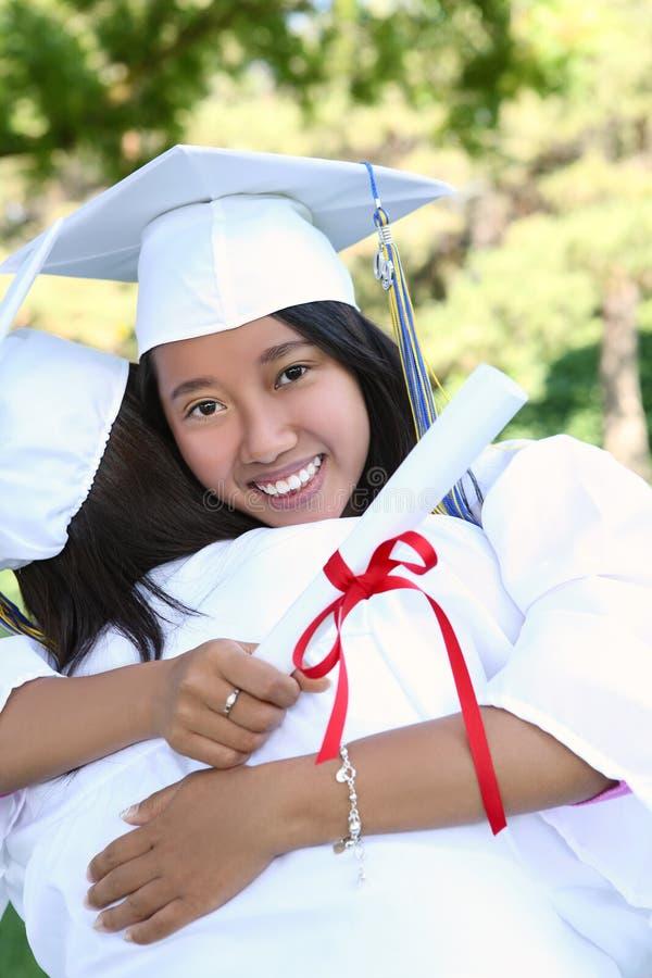 Download Mulher Asiática Na Graduação Foto de Stock - Imagem de fora, graduado: 10053004