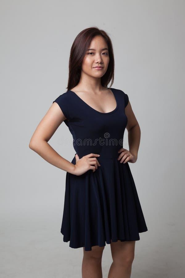 Mulher asiática nova bonita fotografia de stock
