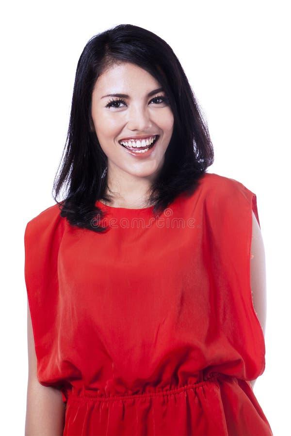 Mulher asiática nova de sorriso feliz imagens de stock
