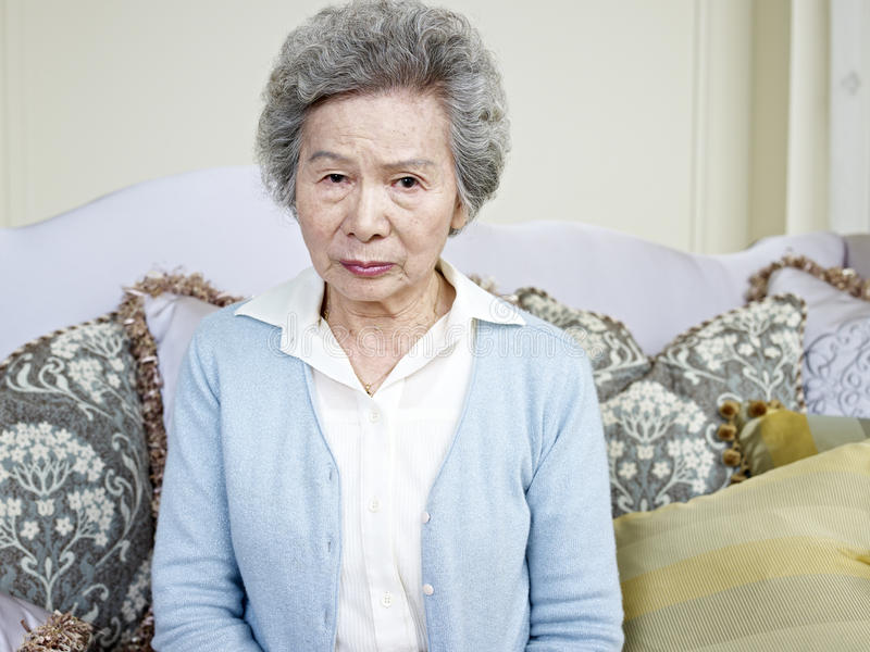 Mulher asiática superior fotografia de stock royalty free