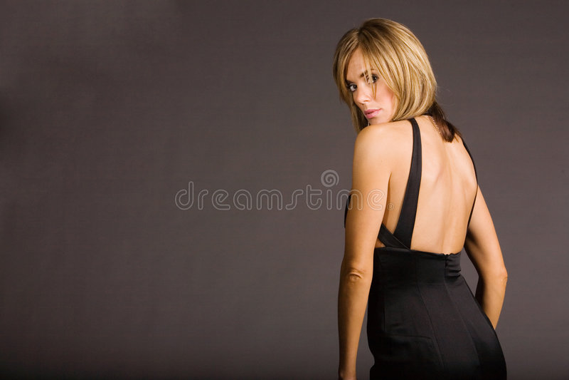 Mulher atrativa no vestido foto de stock