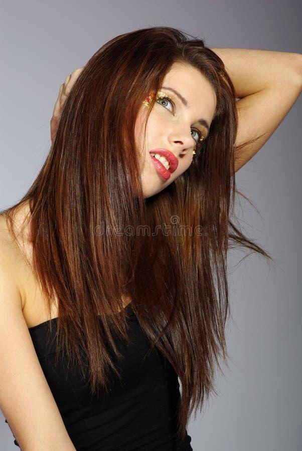 Mulher bonita com cabelo longo fotos de stock royalty free