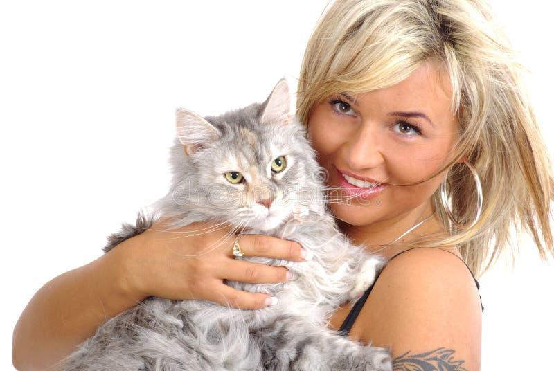 Mulher bonita com gato imagem de stock