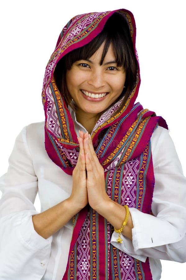 Mulher bonita com o lenço sobre sua cabeça imagens de stock royalty free