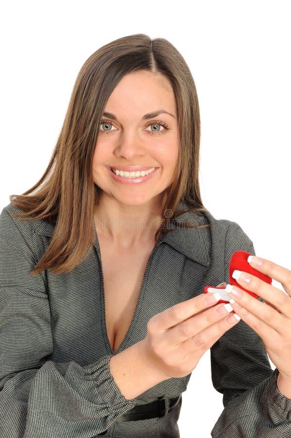 Download A Mulher Bonita Com O Presente Aberto, Foto de Stock - Imagem de romance, conceito: 12808070