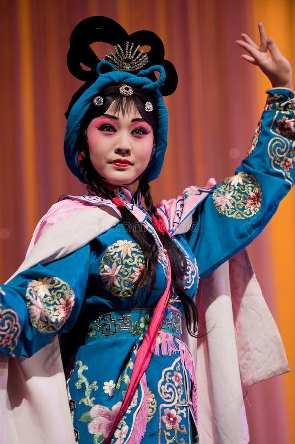 Mulher bonita da ópera de China fotografia de stock royalty free