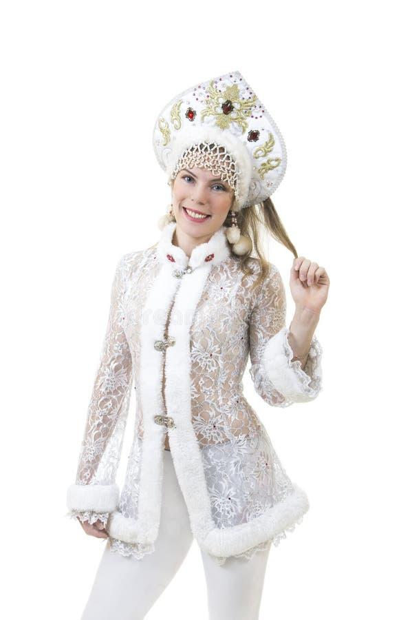 Mulher bonita, feliz com o cabelo longo, vestido como o sorriso de Santa Claus Natal - carnaval do ano novo imagens de stock
