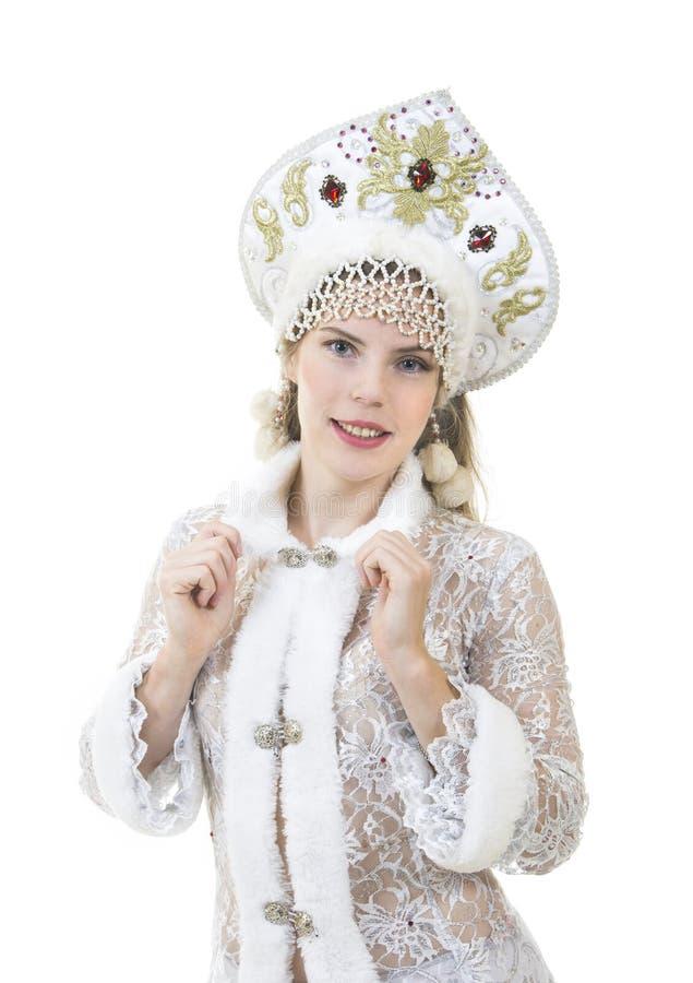 Mulher bonita, feliz com o cabelo longo, vestido como o sorriso de Santa Claus Natal - carnaval do ano novo fotografia de stock