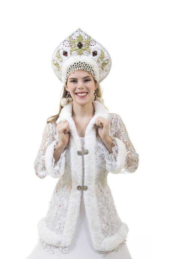 Mulher bonita, feliz com o cabelo longo, vestido como o sorriso de Santa Claus Natal - carnaval do ano novo fotos de stock