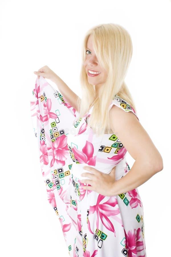 Mulher bonita loura no vestido colorido fotografia de stock royalty free