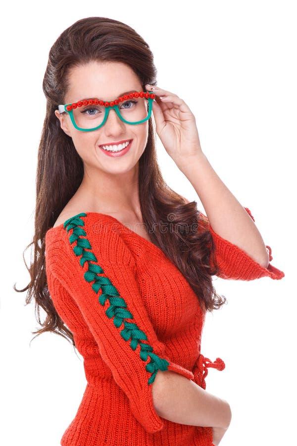 Mulher bonita na camisola vermelha fotografia de stock