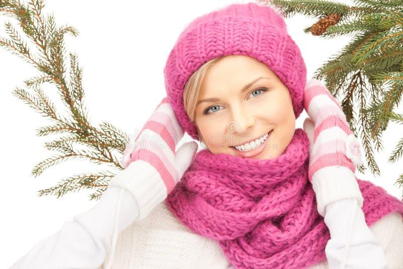 Mulher bonita no chapéu do inverno imagem de stock