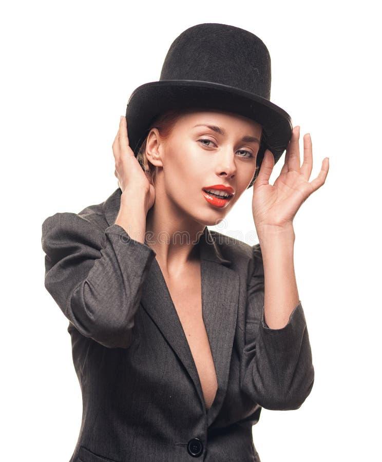 Mulher bonita no chapéu Forma retro imagem de stock