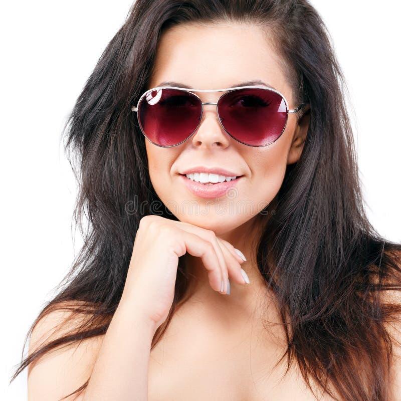 Mulher bonita nos óculos de sol imagens de stock
