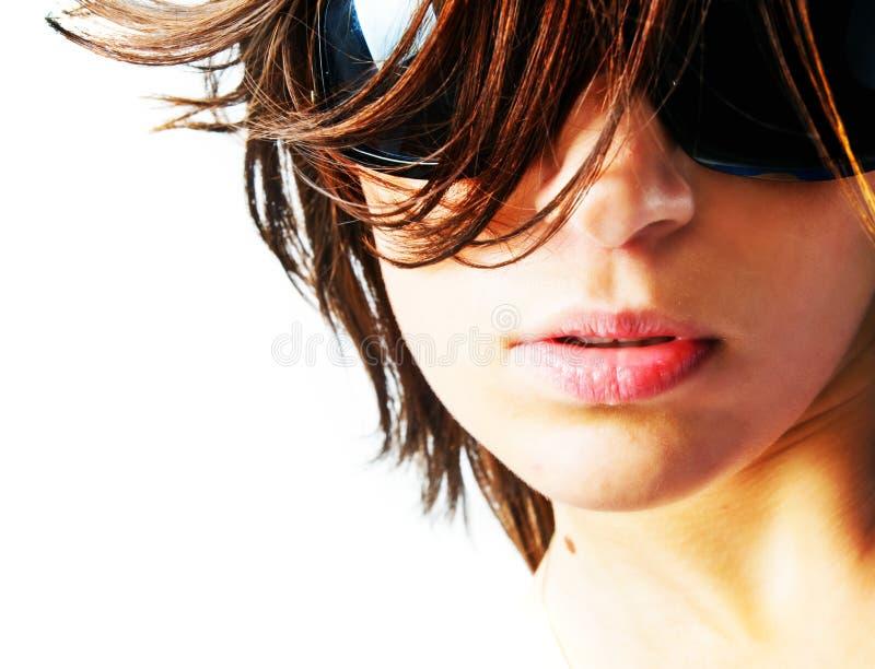 Mulher bonita nos óculos de sol imagens de stock royalty free