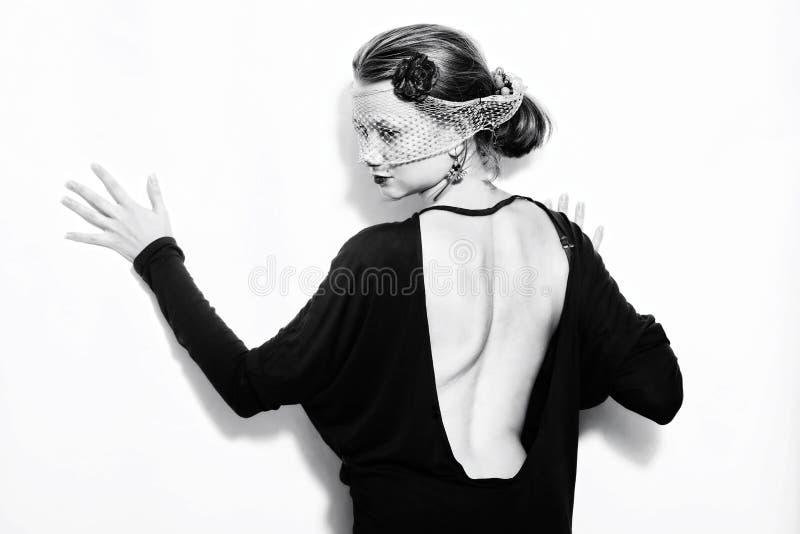 Mulher bonita nova no véu imagem de stock royalty free