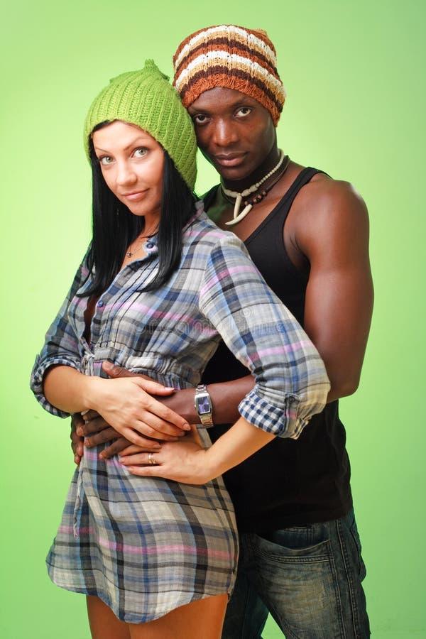 Mulher branca e homem negro fotografia de stock royalty free
