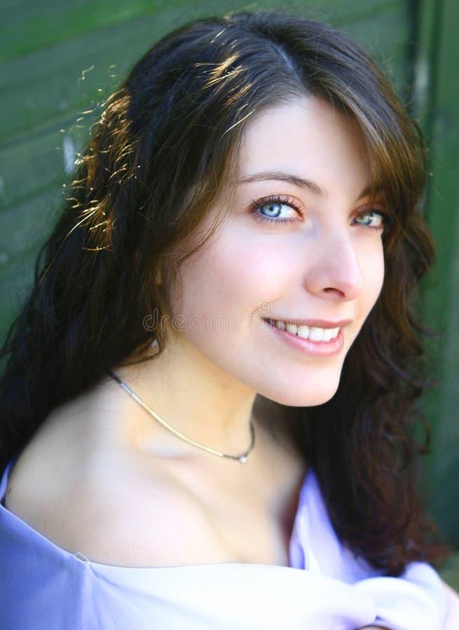 Mulher caucasiano com olhos verdes. foto de stock royalty free