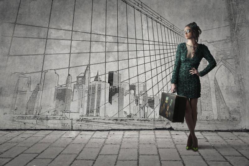 Mulher com bagagem imagens de stock royalty free