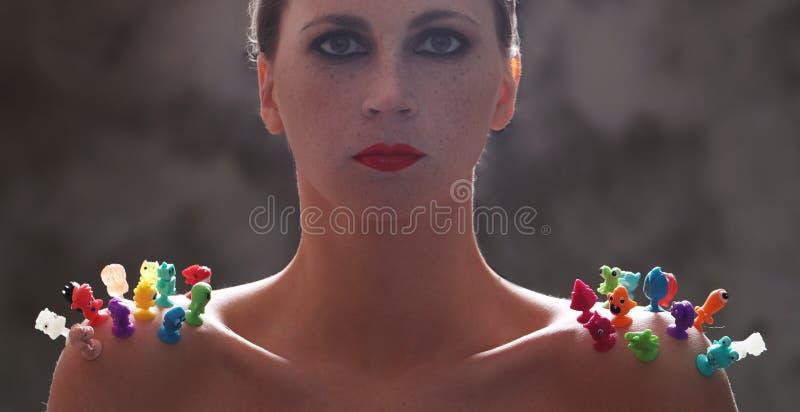 Mulher com batom vermelho fotografia de stock royalty free