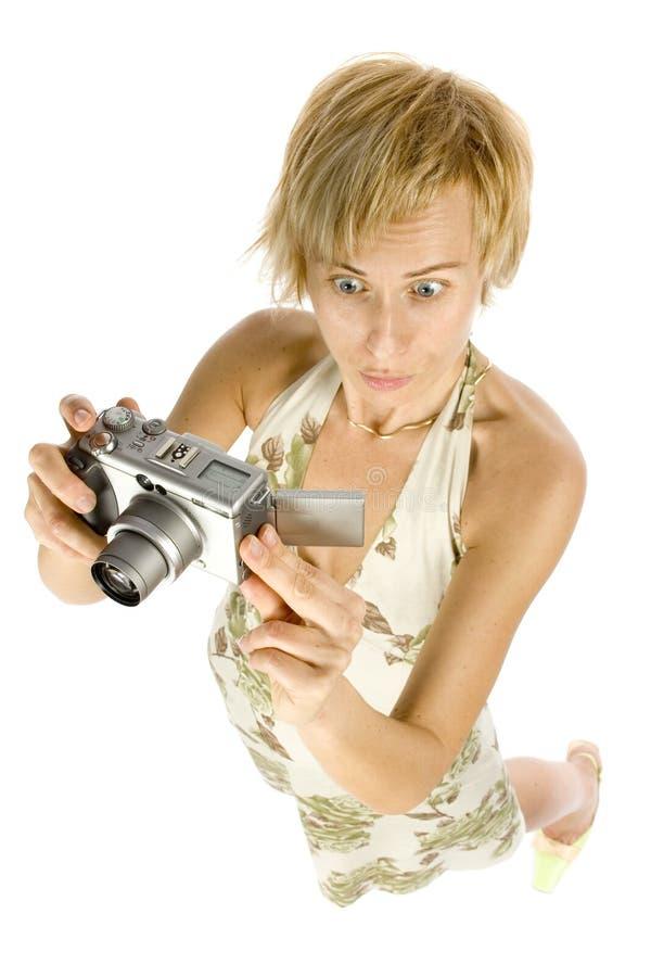 Mulher com câmara digital fotografia de stock