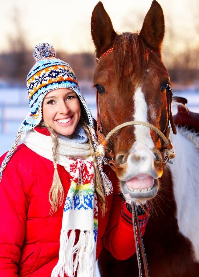 Mulher com cavalo imagem de stock royalty free