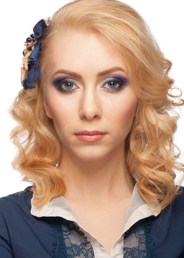 Mulher com composição e penteado fotos de stock