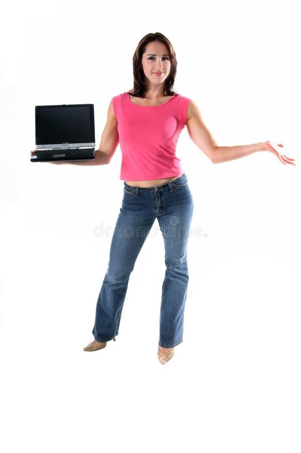 Mulher com computador portátil foto de stock royalty free