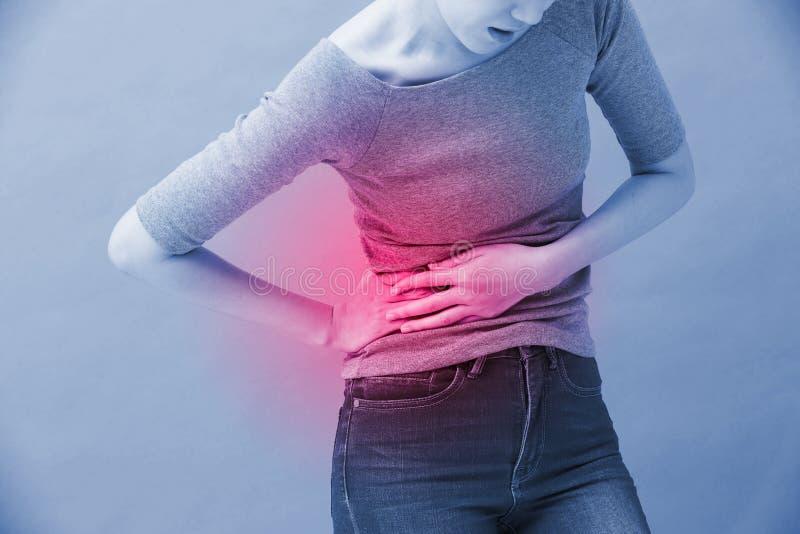 Mulher com doença renal foto de stock